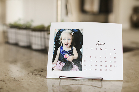 Check out this free download to make your own photo calendar! A super easy, fun, and inexpensive way to make a personalized gift your family will love!