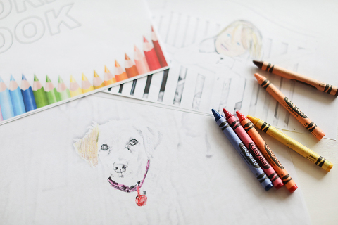 It is really easy (and totally free) to make your own coloring pages and turn them into a personalized coloring book- what a fun gift for little ones!