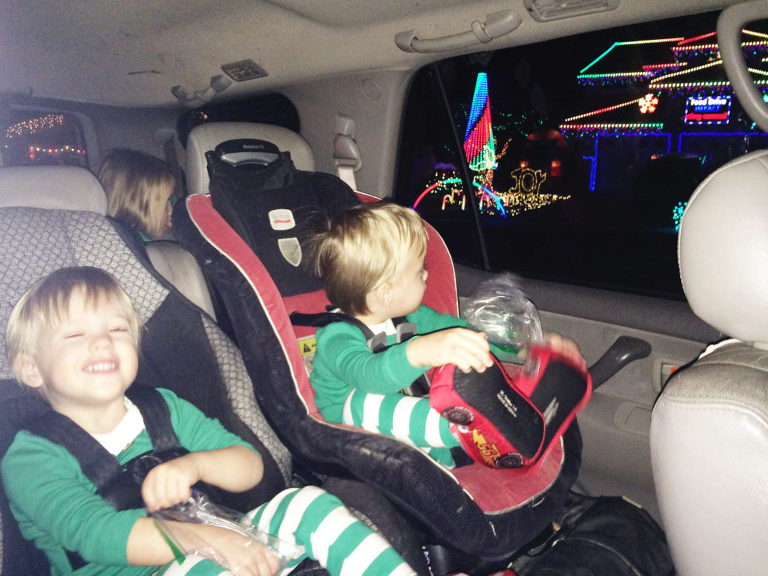 My friend Jen shares one of her family holiday traditions (that I am totally stealing for my family!)- the Christmas light ride!